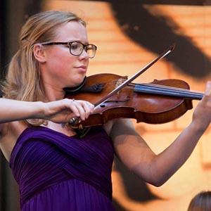 Elisa Karen Tavenier